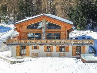 Chalet Charbray - sleeps 10 in fabulous luxury with spa - the ultimate getaway