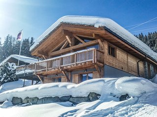 Chalet Number 58 - luxury chalet for up to 12 people with 15% skipass discount