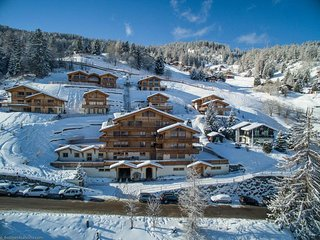 Matins St Laurent 1b - Ski-in & ski-out luxury 4-star apartment for 4 people