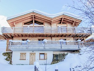 Chalet Le Cerf for 10 people with 15% skipass discount