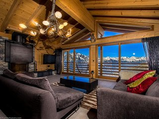 Chalet Auriane - 5 Star Catered Spa Chalet with breath-taking mountain views