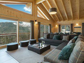 Chalet Joli - Luxury chalet for 10 people - with 15% skipass discount close to t