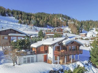 Chalet Les Enfants du Paradis for 10 people with 15% skipass discount