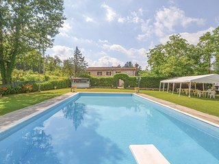 6 bedroom Villa in San Martino Sopr'Arno, Tuscany, Italy : ref 5686600