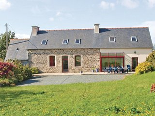 4 bedroom Villa in Pleumeur-Gautier, Brittany, France : ref 5565456