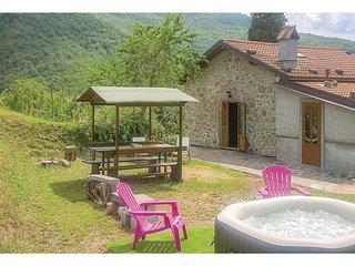 2 bedroom Villa in Casoli, Tuscany, Italy : ref 5566847