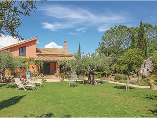 4 bedroom Villa in Contrada Fiori Sud, Sicily, Italy : ref 5686608