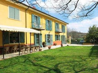 1 bedroom Apartment in Mola-Francia, Piedmont, Italy : ref 5655177