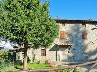 2 bedroom Villa in Nicciano, Tuscany, Italy : ref 5447358