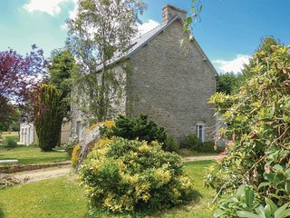 4 bedroom Villa in Plourac'h, Brittany, France : ref 5565467