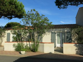 1 bedroom Apartment in Saint-Denis-d'Oleron, Nouvelle-Aquitaine, France : ref 54