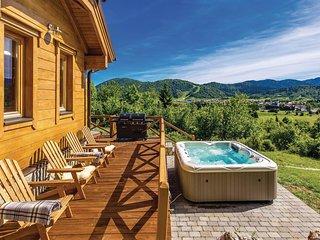 3 bedroom Villa in Mrkopalj, Primorsko-Goranska Zupanija, Croatia : ref 5686538