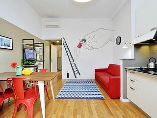 Modern and comfortable apartment in Testaccio for 5 people