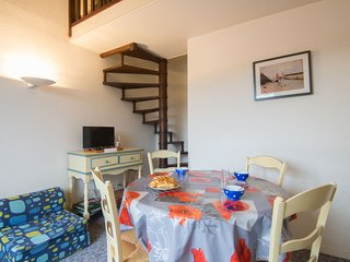 1 bedroom Apartment in Trouville-sur-Mer, Normandy, France : ref 5079505
