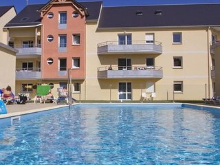 1 bedroom Apartment in Grandcamp-Maisy, Normandy, France : ref 5533091