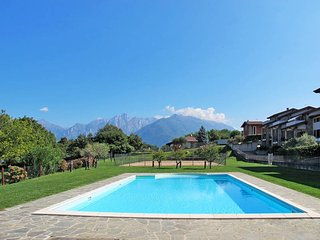 1 bedroom Apartment in Colico, Lombardy, Italy : ref 5436556