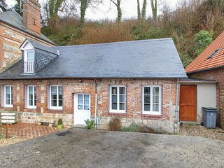 3 bedroom Villa in Fontaine-le-Dun, Normandy, France : ref 5605035