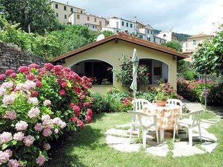 2 bedroom Villa in Tavole, Liguria, Italy : ref 5444281