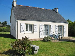 2 bedroom Villa in Loctudy, Brittany, France : ref 5438206