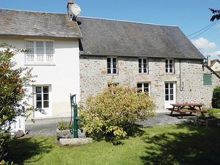 3 bedroom Villa in Lonlay-l'Abbaye, Normandy, France : ref 5539326