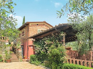 2 bedroom Apartment in Falciano, Tuscany, Italy : ref 5447272