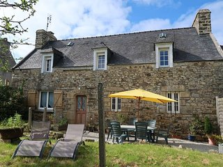 2 bedroom Villa in Crozon, Brittany, France : ref 5438103