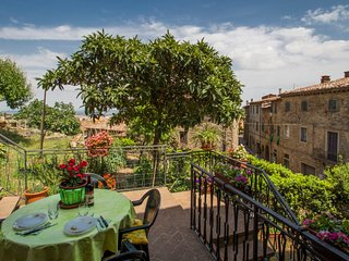 2 bedroom Apartment in Chianni, Tuscany, Italy : ref 5427246