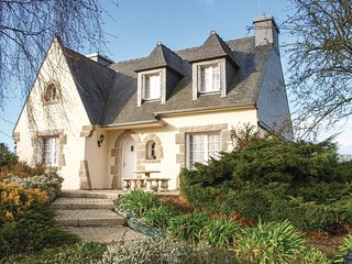 4 bedroom Villa in Yvias, Brittany, France : ref 5538901