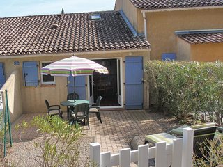 1 bedroom Villa in Vidauban, Provence-Alpes-Cote d'Azur, France : ref 5552184