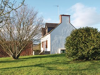 2 bedroom Villa in Lezardrieux, Brittany, France : ref 5521986