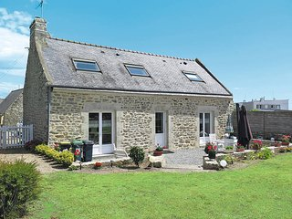 2 bedroom Villa in Ploemeur, Brittany, France : ref 5441393