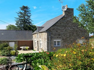 2 bedroom Villa in Matignon, Brittany, France : ref 5436237
