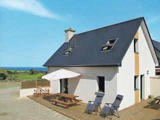 2 bedroom Villa in Guimaëc, Brittany, France - 5438128