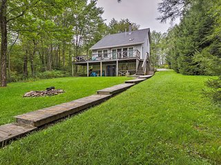 NEW! Blueberry Lake Family Retreat w/Deck & Dock!
