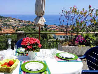 3 bedroom Apartment in Pantai, Liguria, Italy : ref 5655812