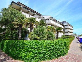 1 bedroom Apartment in Lignano Sabbiadoro, Italy - 5434472