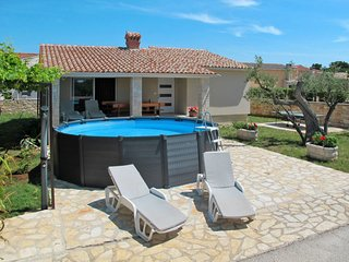 2 bedroom Villa in Mednjan, Istria, Croatia : ref 5688023