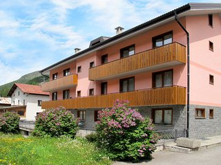 1 bedroom Apartment in Sant'Antonio, Lombardy, Italy : ref 5435327