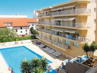 2 bedroom Apartment with Air Con and WiFi - 5651746
