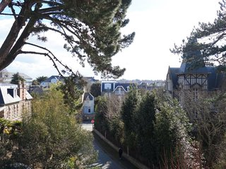 1 bedroom Apartment in Dinard, Brittany, France : ref 5312172