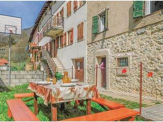 2 bedroom Villa in Grumolo Pedemonte, Veneto, Italy : ref 5624419