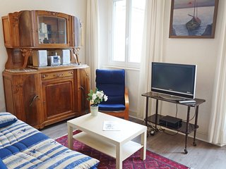 2 bedroom Apartment in Saint-Malo, Brittany, France - 5028707