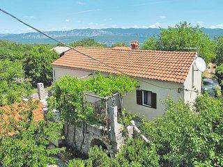 2 bedroom Villa in Dobrinj, Primorsko-Goranska Zupanija, Croatia : ref 5440196
