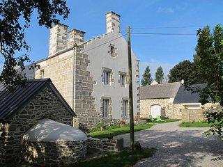 2 bedroom Villa in Plounéour-Trez, Brittany, France : ref 5438344