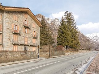 3 bedroom Apartment in Issime, Aosta Valley, Italy : ref 5550225
