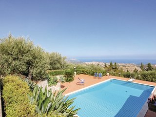 5 bedroom Villa in Altavilla Milicia, Sicily, Italy : ref 5686665