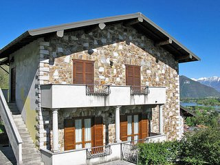 3 bedroom Apartment in Cresciasca, Lombardy, Italy - 5436711