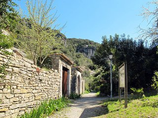 1 bedroom Villa in Rochecolombe, Auvergne-Rhone-Alpes, France : ref 5435103