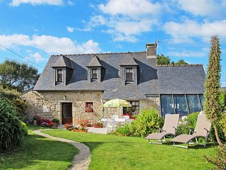 2 bedroom Villa in Cleder, Brittany, France : ref 5438065
