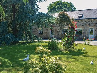 2 bedroom Villa in Beaugouyan, Brittany, France : ref 5538919